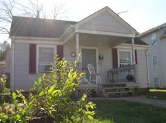 607 Davis St