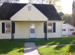 746 Auburn Ave